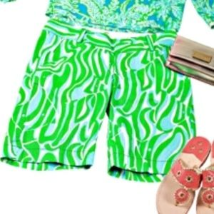 Lilly Pulitzer chipper shorts sz 8 FINDERS KEEPERS